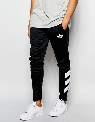 adidas Originals Skinny Joggers AJ7673 $65 thestylecure.com