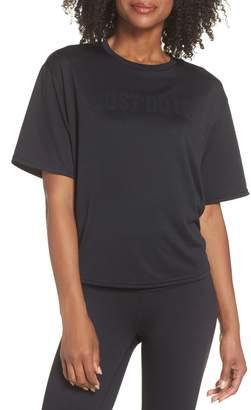 Nike Dry Split Tail Tee