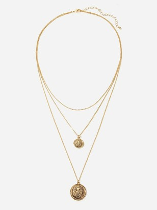 Shein Lion Engraved Pendant Layered Chain Necklace 1pc