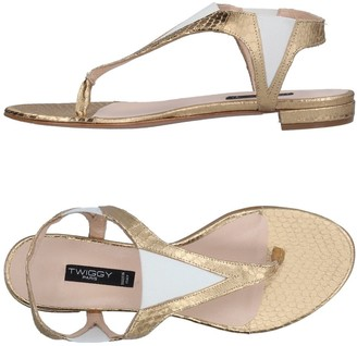 Twiggy Toe strap sandals