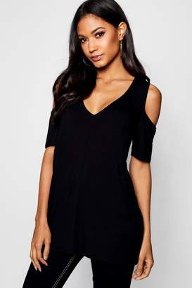 boohoo V Neck Cold Shoulder Short Sleeve Top