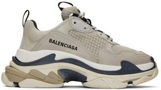 Balenciaga (バレンシアガ) - Balenciaga ベージュ トリプル S スニーカー