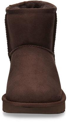 UGG Classic Mini II Boot $140 thestylecure.com