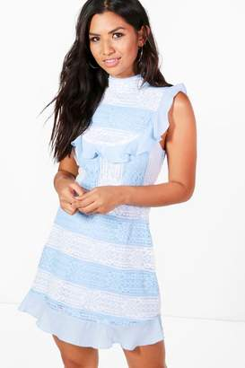 boohoo Boutique Lea Lace Panelled Bodycon Dress