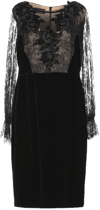 Clips Knee-length dresses - Item 34958722LB