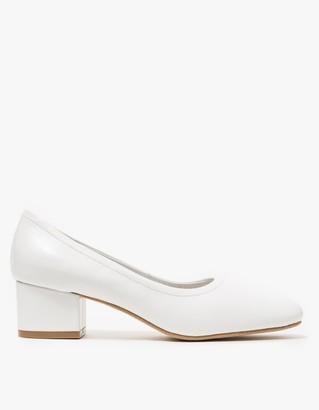 Bitsie in White Leather $130 thestylecure.com