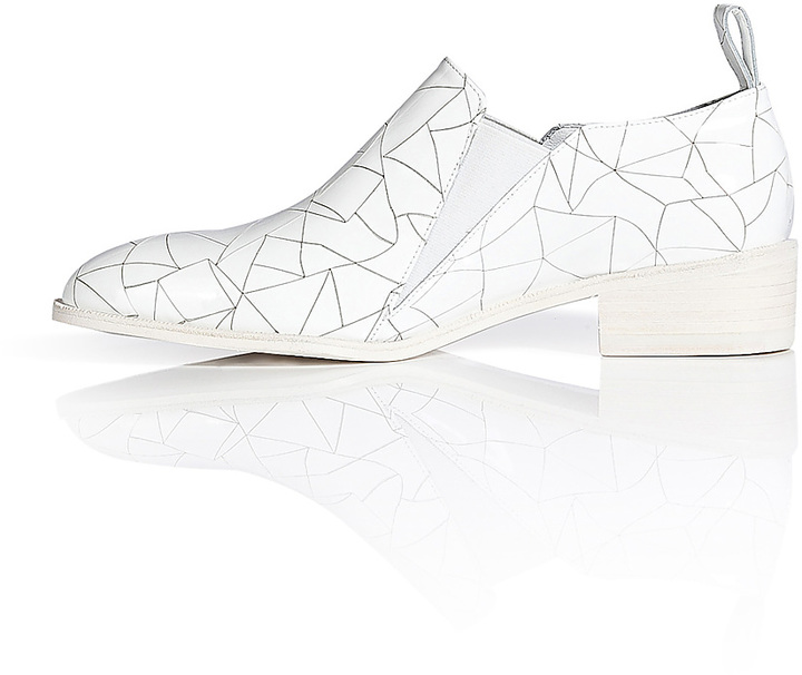 Robert Clergerie Cracked Leather Slip-Ons