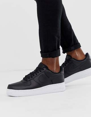 Nike Force 1 '07 sneakers in black with white sole