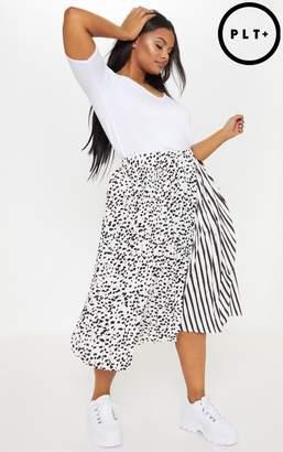 PrettyLittleThing Plus White Mixed Print Pleated Midi Skirt