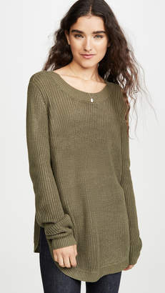 BB Dakota Jack By On A Curve Sweater
