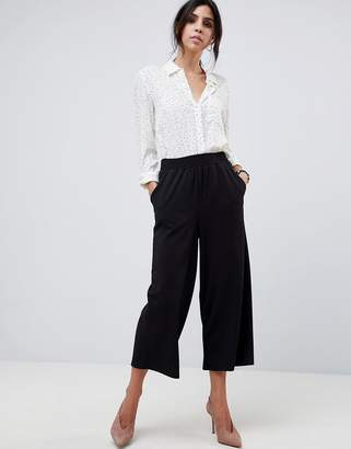 Asos Design DESIGN Cropped Straight Leg Trousers In Jersey Crepe