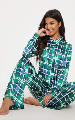 PrettyLittleThing Green Check Print Long Sleeve Satin Pyjama Set cce7b6c1d