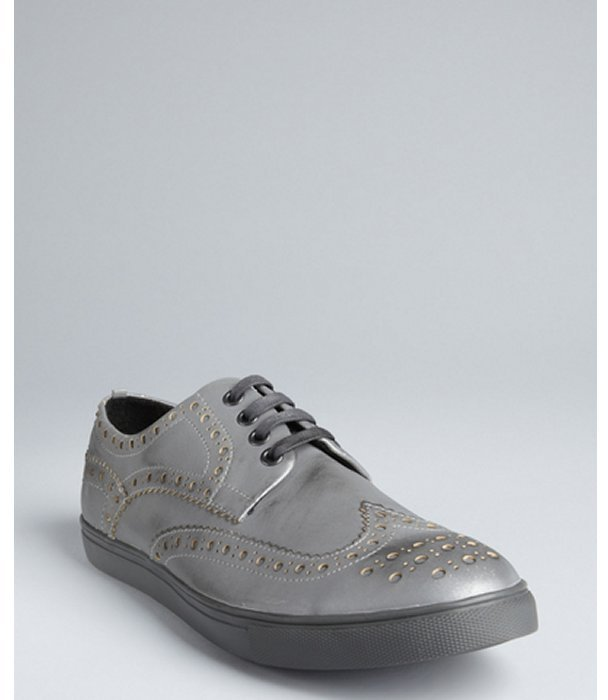 Kenneth Cole Reaction metallic silver tooled wingtip 'Stand Up Guy' sneakers