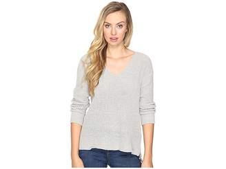 BB Dakota Zona Soft V-Neck Sweater Women's Sweater