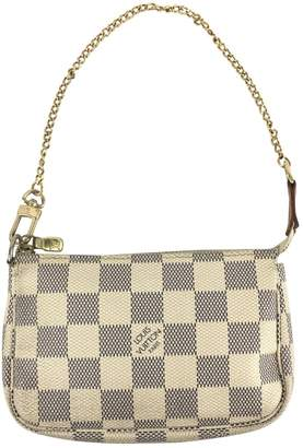 Louis Vuitton Pochette Accessoire cloth clutch bag