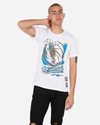 Express Dallas Mavericks Nba Crew Neck Graphic T-Shirt