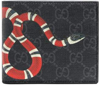 4a8512d139ae Gucci Kingsnake print GG Supreme wallet