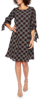 Robbie Bee 3/4 Sleeve Plaid Shift Dress