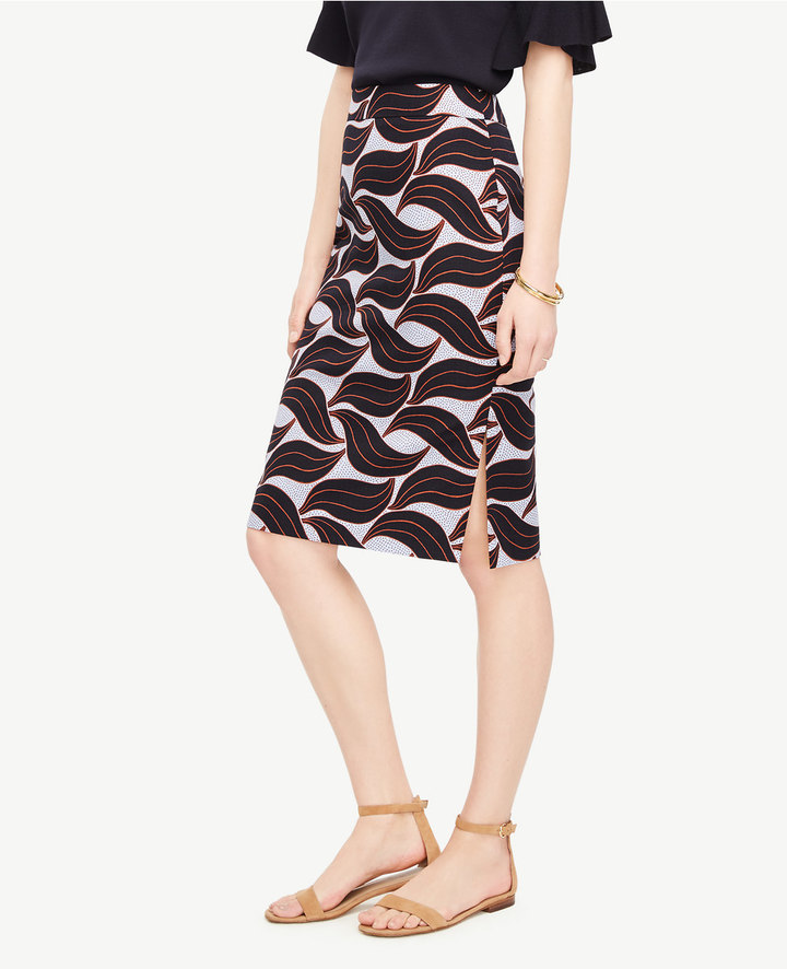 Ann TaylorLeaf Swirl Pencil Skirt