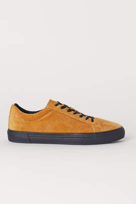 H&M Faux Suede Sneakers - Yellow