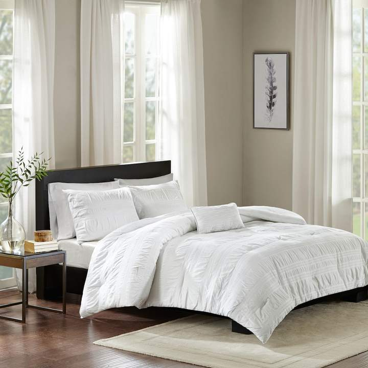 Madison Park 4-piece Kate Seersucker Comforter Set