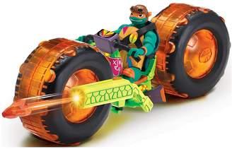 Mikey Teenage Mutant Ninja Turtles Shell Hog Vehicle with Exclusive Figure