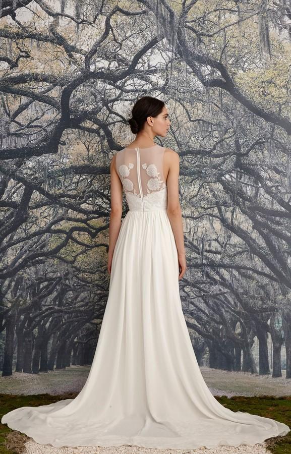 Nicole miller savannah bridal gown women for Wedding dress savannah ga