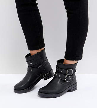 Asos DESIGN ACCENT Wide Fit Studded Biker Ankle Boots