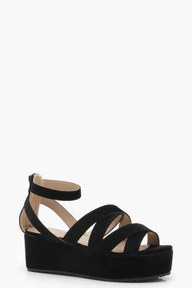 boohoo Cross Strap Flatform Sandals