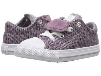 Converse Chuck Taylor(r) All Star(r) Maddie - Ox (Infant/Toddler)