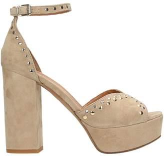 Julie Dee Plateau Sand Suede Sandals