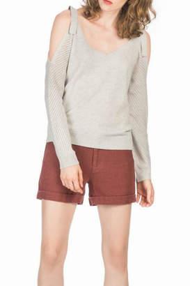 Leo & Sage Tie-Shoulder Cashmere Sweater