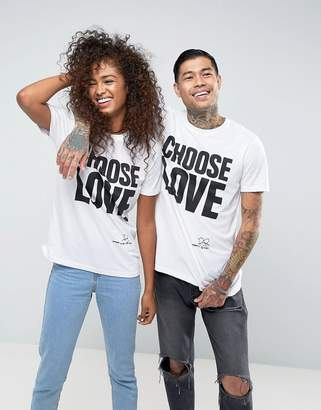 Help Refugees Choose Love T-Shirt In White
