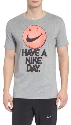 Nike Concept Graphic T-Shirt