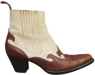 Free Lance White Leather Ankle boots