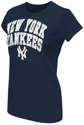 New York Yankees G-iii Sports Women's Endzone T-Shirt