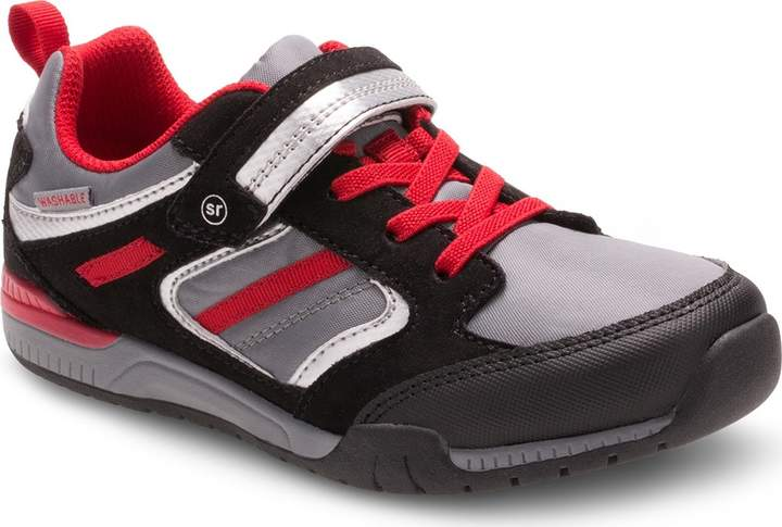 Stride Rite Made2Play Dwyer Sneaker