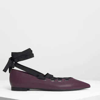 Charles & Keith レースアップ ポインテッド フラット / Laced Up Pointed Flats