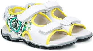 Roberto Cavalli (ロベルト カヴァリ) - Roberto Cavalli Junior ジャングルプリント サンダル