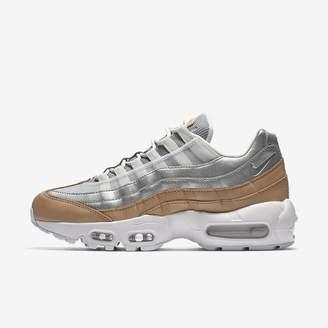 Nike 95 SE Women's Shoe