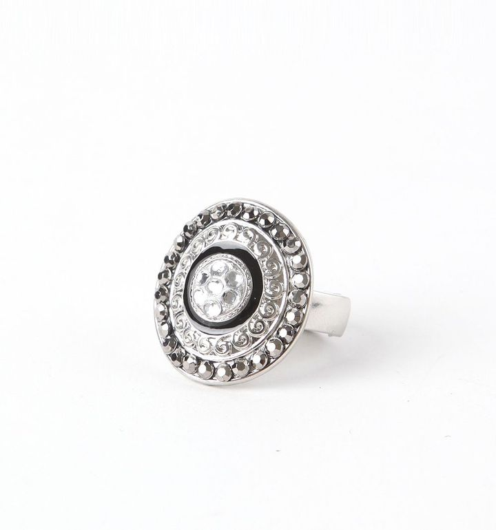 With Love From CA Circle Diamonds Ring