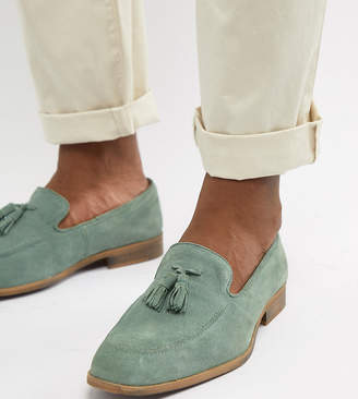 Asos Design DESIGN Wide Fit loafers in green suede with natural sole