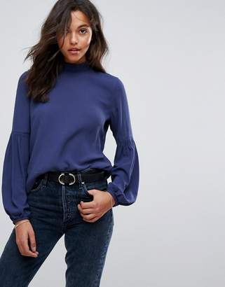 Esprit Gathered Arm Dteail Long Sleeve Top