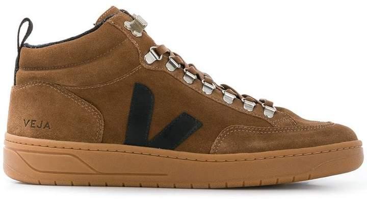Veja hiking style sneakers