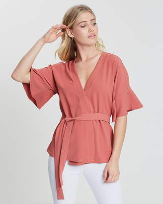 Atmos & Here ICONIC EXCLUSIVE - Ayla Frill Sleeved Top