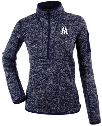 Antigua Women's New York Yankees Fortune Pullover