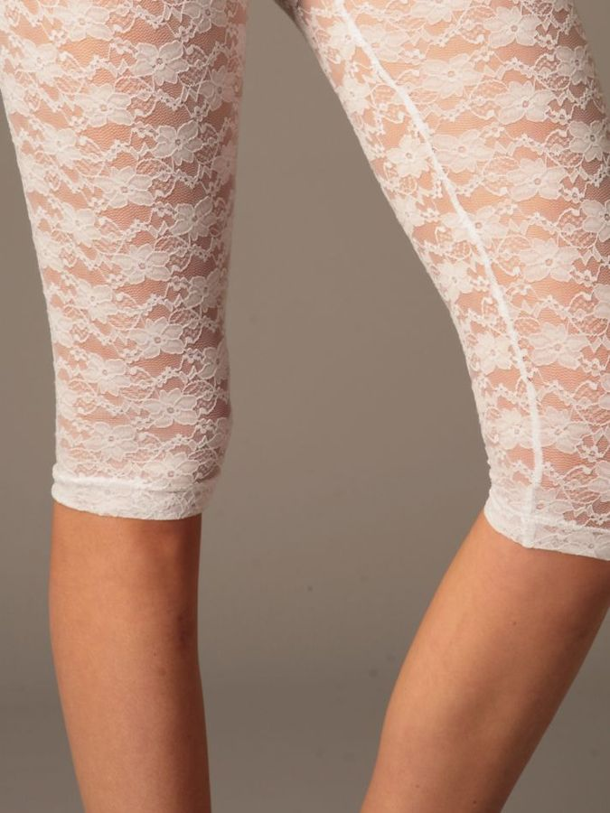 Cropped Lace Legging