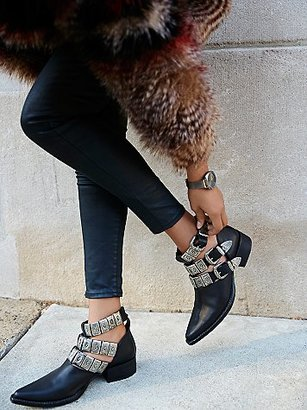 Ace Western Boot by Jeffrey Campbell + Free People $248 thestylecure.com