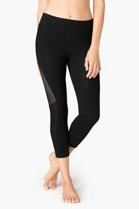 Beyond Yoga Diamond Stitch Capris