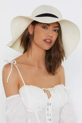 Nasty Gal Straw the Line Floppy Oversized Hat
